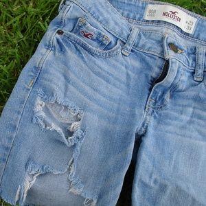 Hollister Jean Short Cut-offs